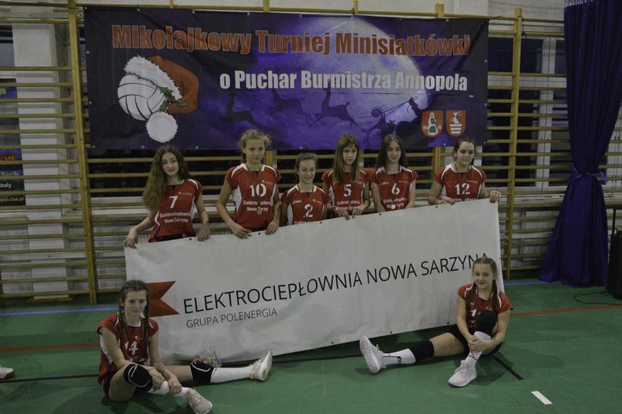 VII Mikołajkowy Turniej dziewcząt o Puchar Burmistrza Annopola 2018