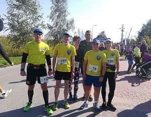 Członkowie DSS Orlęta wzięli udział w biegu