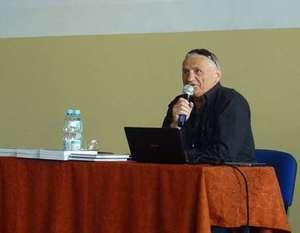 Czym  może być podróżowanie ? – spotkanie w ZSO w Dęblinie z Romualdem Koperskim