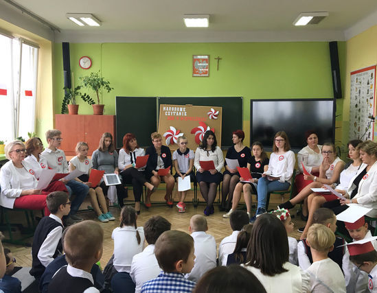 Czytanie poezji i prozy niepodległościowej w SOSW w Dęblinie