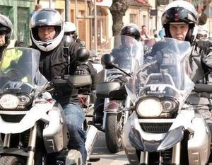 TYSIĄCE MOTOCYKLI I JESZCZE WIĘCEJ LUDZI! OGÓLNOPOLSKI SEZON MOTOCYKLOWY OFICJALNIE ROZPOCZĘTY