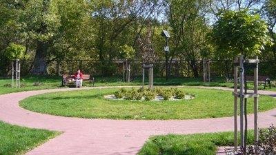 """Projekt  """"Zagospodarowanie terenu z oświetleniem fotowoltaicznym w miejscowości Jabłonna-Majątek"""""""