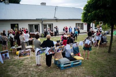 Powiatowy Dzień Bibliotekrza czyli w sienkiewiczowskim stylu po gminie Jabłonna