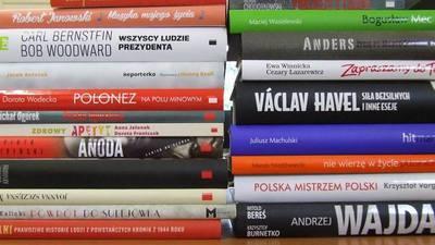 Paczka literacka dla Biblioteki w Jabłonnie i jej filii