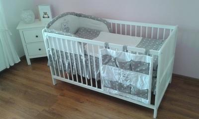 Poszukujemy łóżeczka i ubranek dla 6-cio miesięcznego dziecka