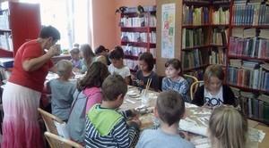Fotorelacja z warsztatów decoupage w Bibliotece Publicznej w Niemcach