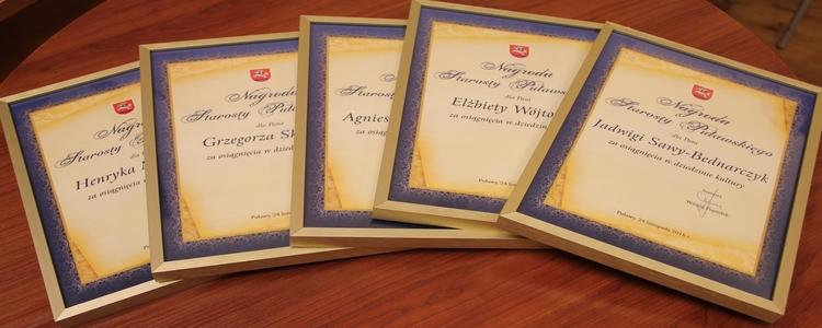 Doroczne nagrody Starosty Puławskiego za osiągnięcia w dziedzinie kultury - przypomnienie o terminie naboru wniosków do 15.09.2017 r.