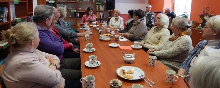 Powiatowy Klub Książki na Dzień Kobiet