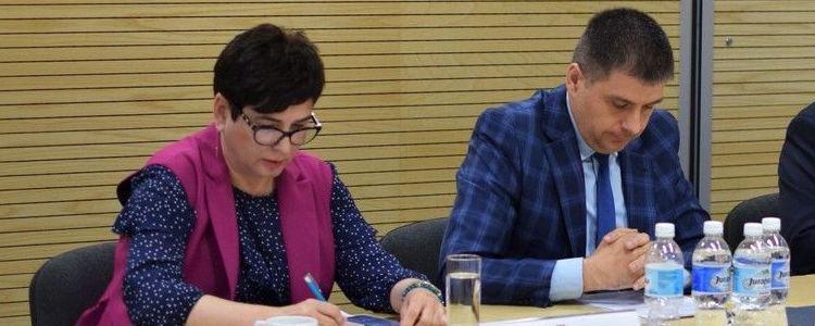 """Sprawa puławskich """"Azotów"""" przed Wojewódzką Radą Dialogu Społecznego"""