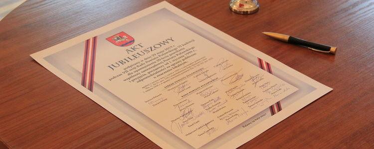 Akt Jubileuszowy z okazji 20-lecia Samorządu Powiatu Puławskiego