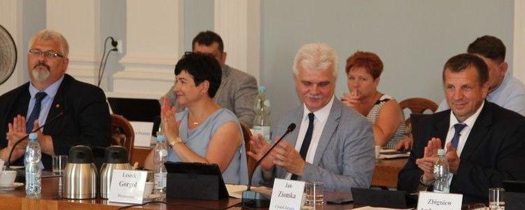 Zarząd Powiatu Puławskiego z wotum zaufania i absolutorium za 2018 rok
