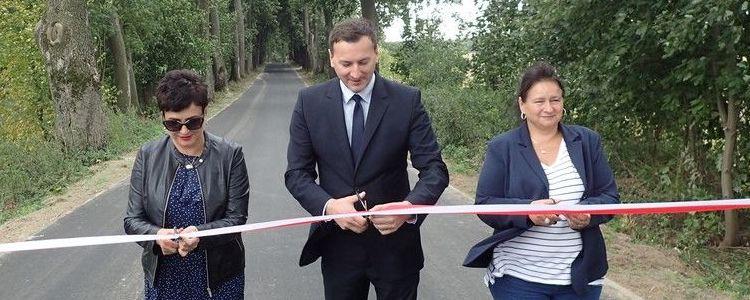 Zakończono modernizację drogi powiatowej nr 2542L Czesławice – Sadurki – dr. woj. 860