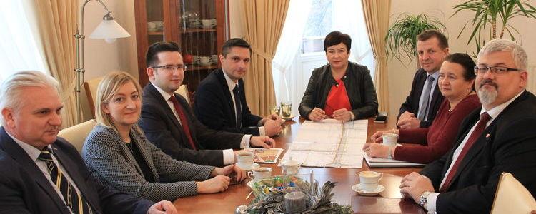 Spotkanie samorządów powiatu i miasta w sprawie budowy ul. Piasecznica