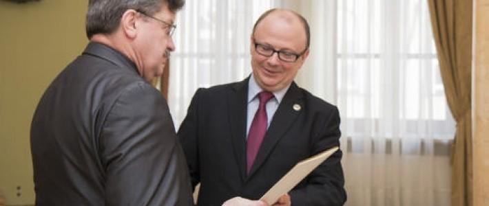 Powiat Rycki podpisał umowę w ramach NPPDL