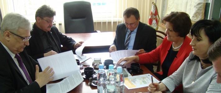 Umowa na największą inwestycję drogową w powiecie podpisana