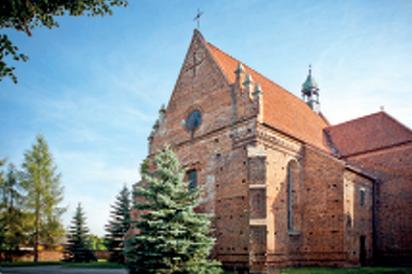 GMINA STĘŻYCA - Stężyca - Kościół parafialny p.w. św. Marcina