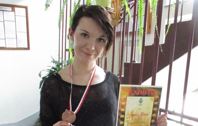 Uczennica ZSZ nr 1 w Rykach nagrodzona na XX Mistrzostwach Fryzjerstwa w Lublinie