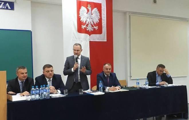 Rozmawiali o potrzebach, oczekiwaniach i możliwościach w zakresie wsparcia unijnego dla JST, biznesu i NGO