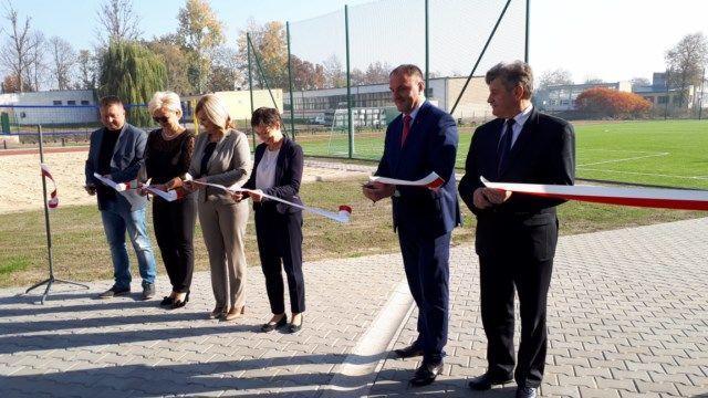 Otwarcie kompleksu boisk wielofunkcyjnych przy ZSZ nr 1 w Dęblinie