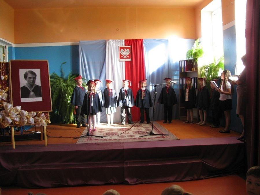 Uroczystość DNIA PATRONA w Publicznej Szkole Podstawowej im. Marii Kołsut w Grabówce
