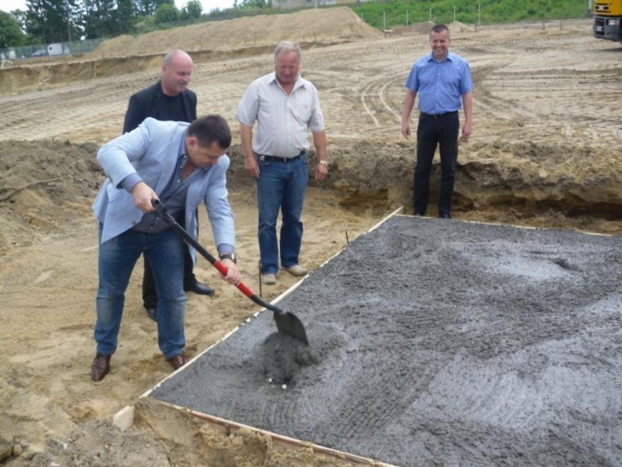 Budowa przetwórni owoców w Annopolu rozpoczęta…