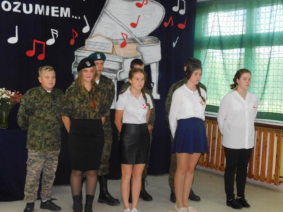 """,,Naród bez historii błądzi jak człowiek bez pamięci"""" – festyn w PSP Dąbrowa."""
