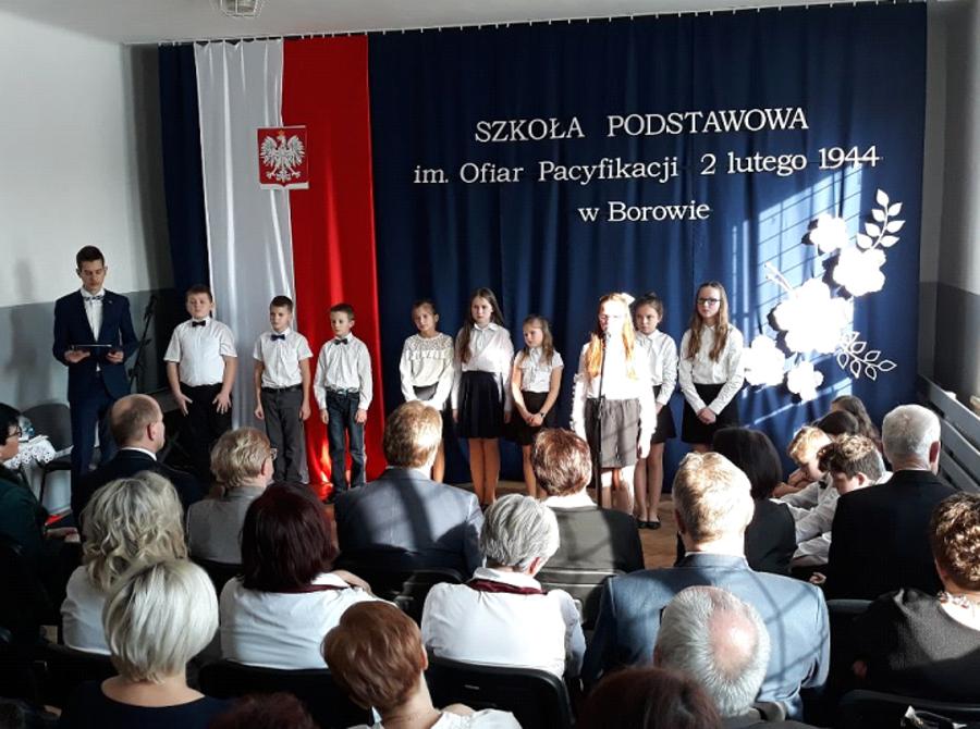 Nadanie imienia Publicznej Szkole Podstawowej w Borowie