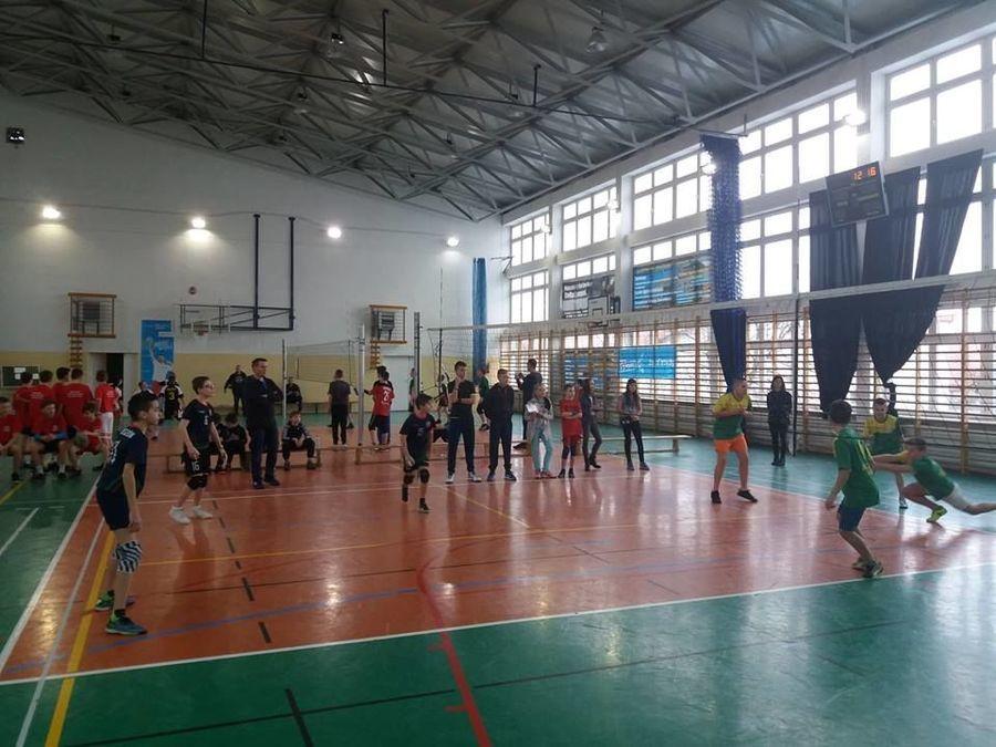 """Rozgrywki  minisiatkówki """"Kinder+Sport  2019"""""""
