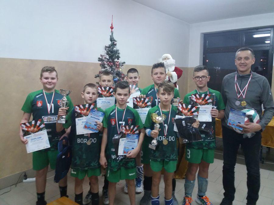Garść medali na Wojewódzkim Turnieju Minisiatkówki