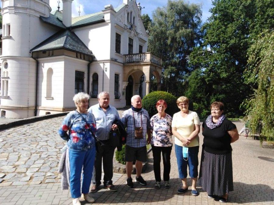 uczestnicy Klubu Seniora na Świętym Krzyżu