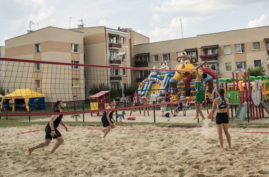 Turniej siatkówki plażowej o Puchar Burmistrza Annopola