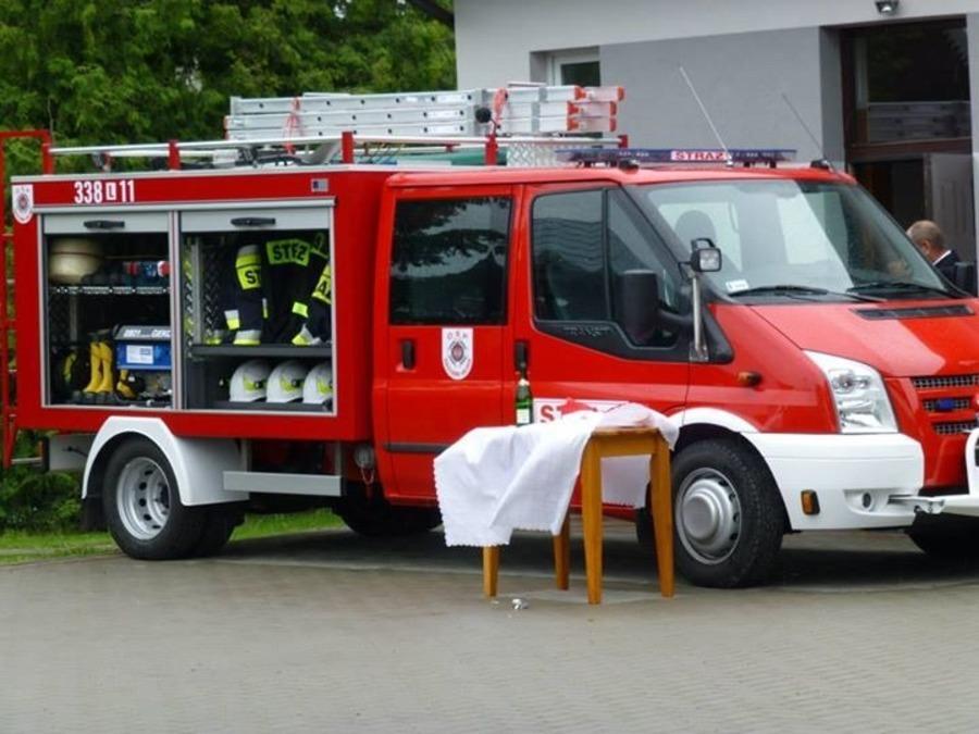 Poświęcenie nowego samochodu ratowniczo-gaśniczego