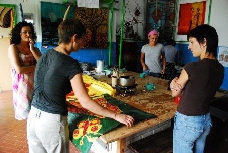 Warsztaty batiku i wikliniarstwa 2008