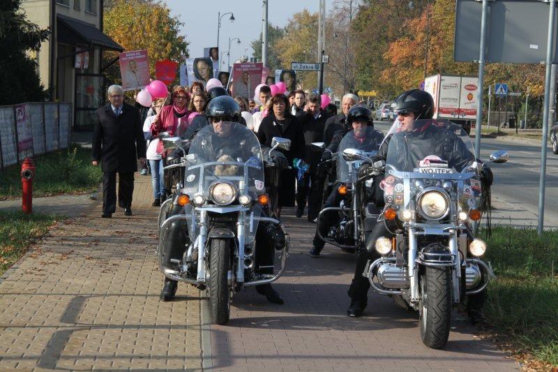 Marsz różowej wstążki