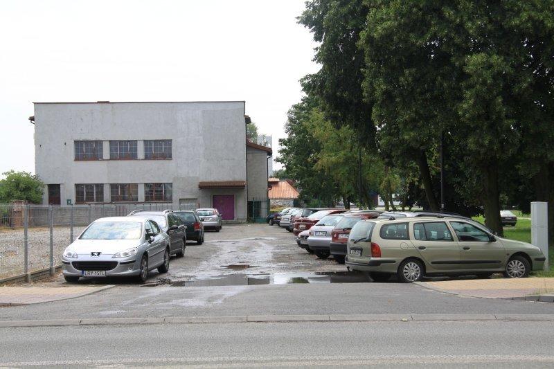 Parking przy Placu Orląt Dęblińskich