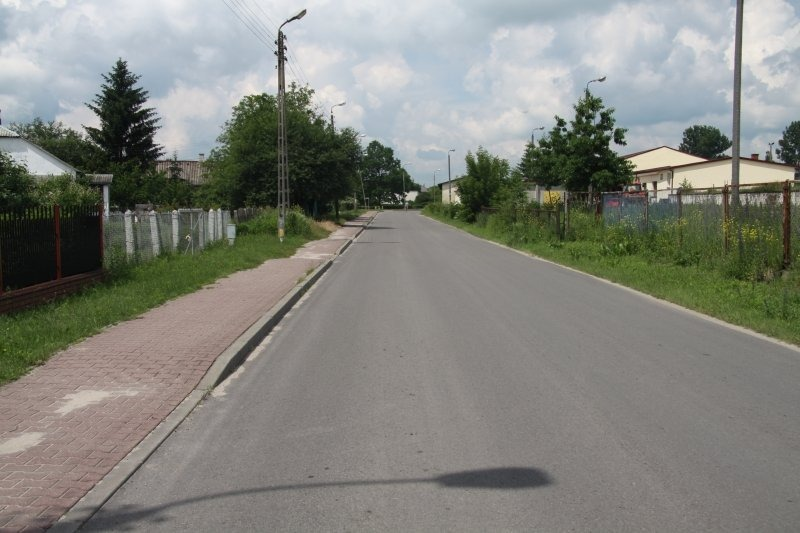 Przebudowa dróg powiatowych - ul. Michalinowska i ul. Partyzantów w Dęblinie.