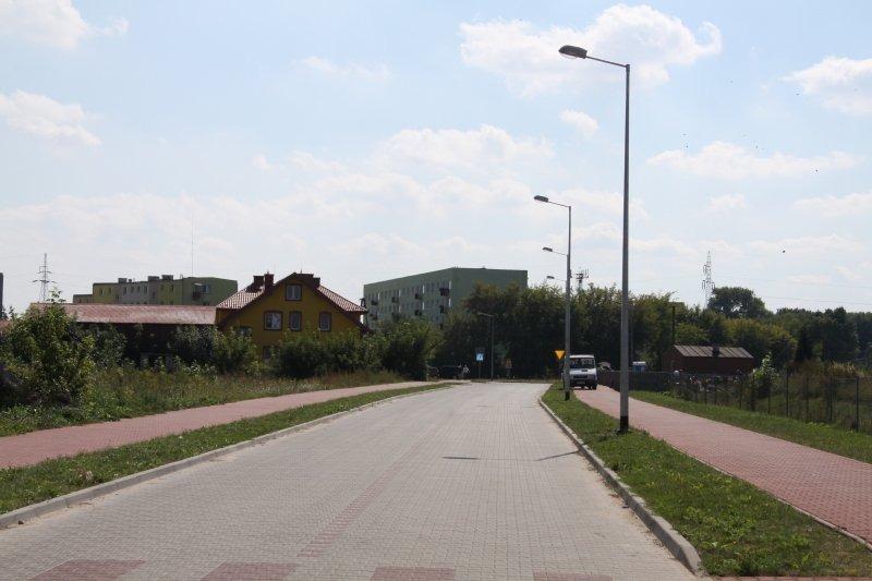 Budowa oświetlenia drogowego w łączniku ul. Sienkiewicza z ul. Krzywą.