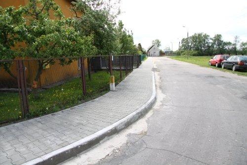Budowa chodnika w ul. Starej.