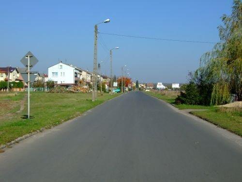 Wyrównanie nawierzchni jezdni ul. Jagiellończyka na odcinku ok. 300 m.