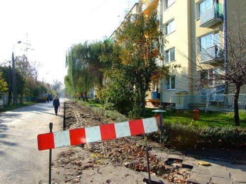 Budowa chodnika w ul. Staszica.