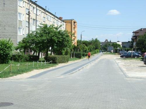 Budowa ulicy w os. Wiślana (wzdłuż bloków 31-27).