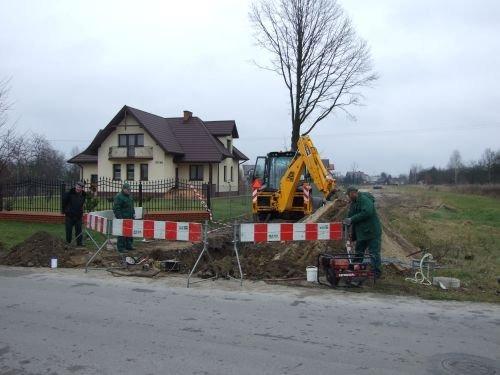 Budowa sieci kanalizacyjnej i wodociągowej w ul. Stawskiej w Dęblinie.