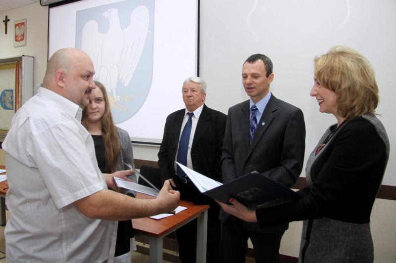 Wręczono Stypendia Sportowe Burmistrza Miasta Dęblin na 2015 rok