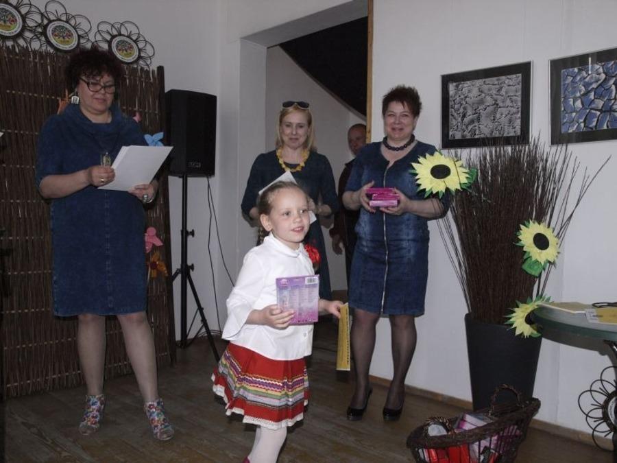 V Powiatowy Festiwal Dziecięcej Piosenki Ludowej