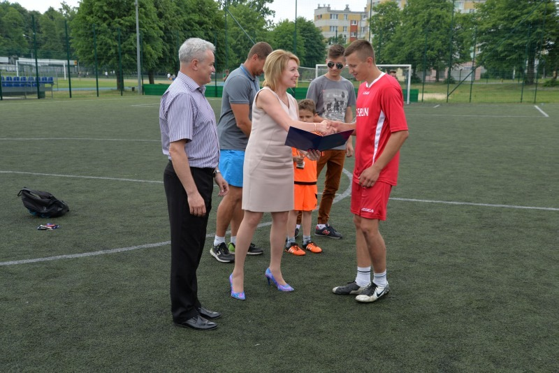 Dębliński Turniej Szkół Średnich o Puchar Burmistrza