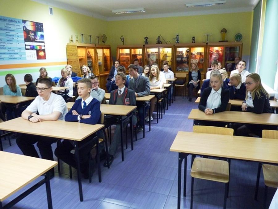 Goście z Londynu w Zespole Szkół Ogólnokształcących w Dęblinie
