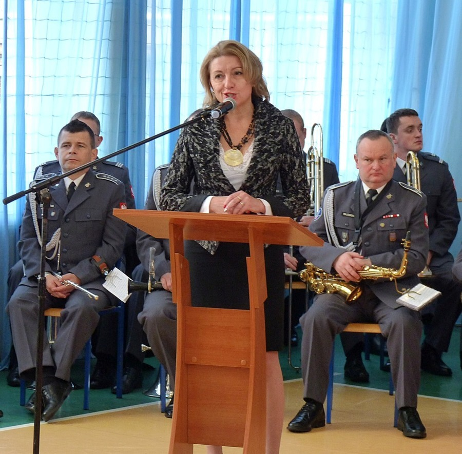 Przekazanie przez kombatantów Sztandaru 15 Pułku Piechoty