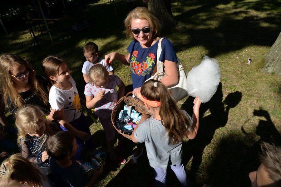 Fotogaleria zdjęć z festynu z okazji Dnia Dziecka