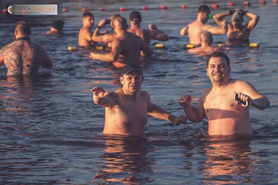 Rozpoczęcie sezonu morsowego 2017-2018 z Nieformalnym Klubem Morsa.