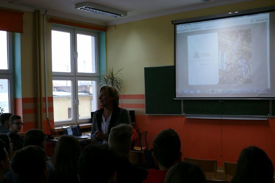 Spotkanie uczniów  ZSO w Dęblinie  ze stypendystą Polsko-Amerykańskiej Komisji Fulbrighta